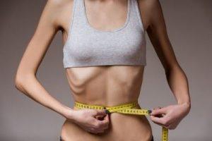 太りたいのに太れない女性